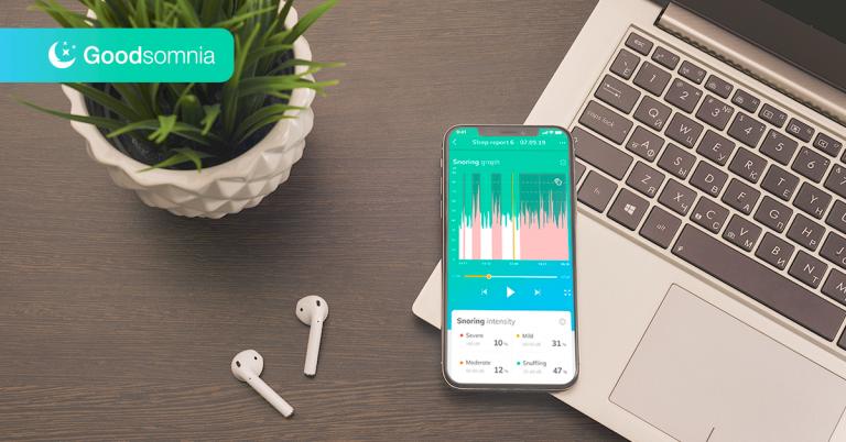 How does a sleep tracking app work?